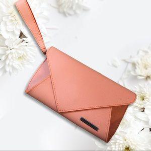 4/30$$$ KLM Coral Pink Envelope Wristlet